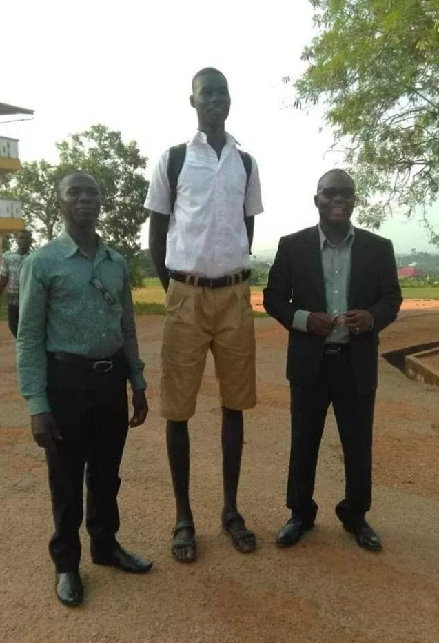 Meet the Tallest Student in Ghana who is just 14 years old